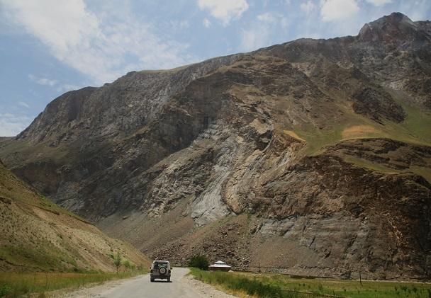 タジキスタン 363
