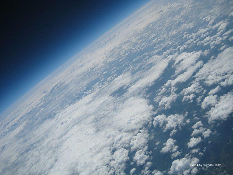 sky_d1.jpg