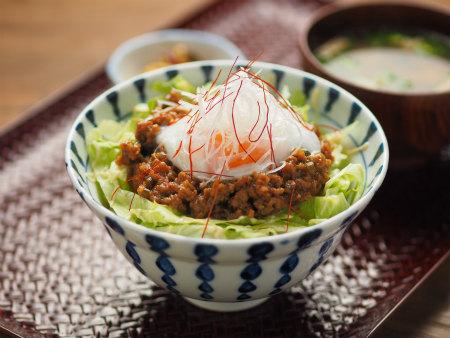 肉味噌丼01