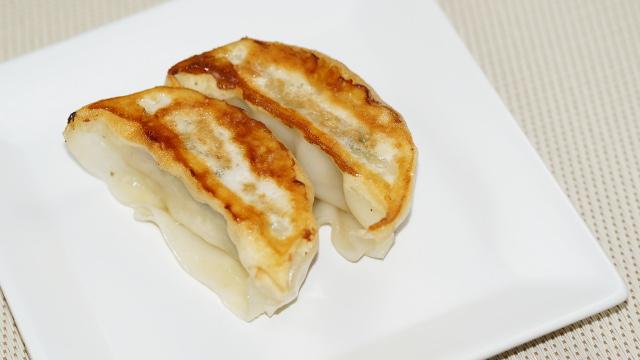 中華料理1枚目 640x360サンプル