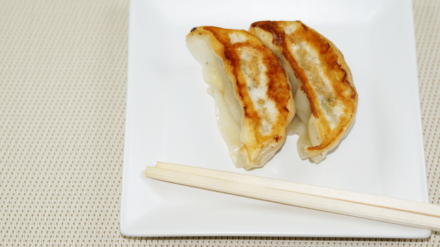 中華料理2枚目 640x360サンプル