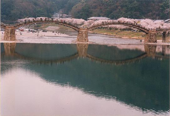 kintai-bridge-2