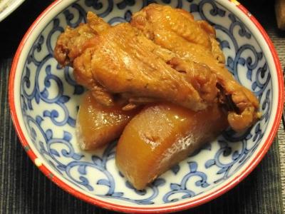 鶏手羽の煮込み