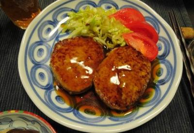 鶏ミンチハンバーグ