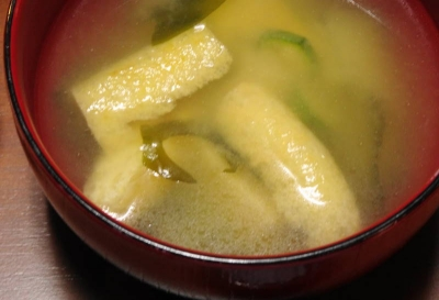 お揚げの味噌汁