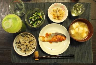 ひじきご飯の夕食