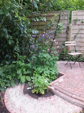 すき間花壇