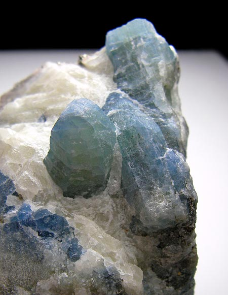 No.559 Afghanite