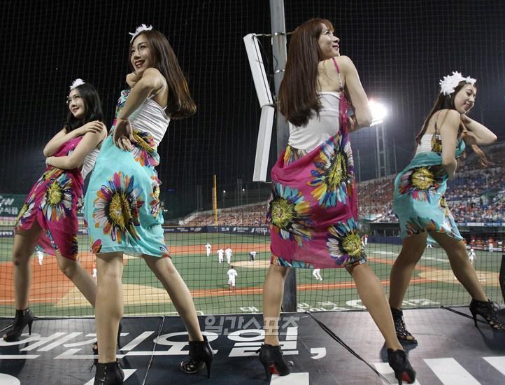 韓国のチアリーダー4