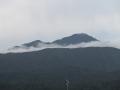 米山と雲1
