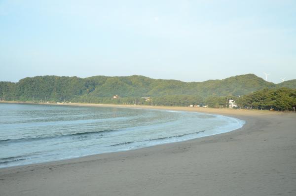 青野川の砂流による砂嘴海岸