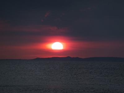 ヴィラマグダレナの目の前の夕日