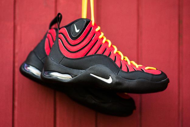 Nike-Air-Bakin-Black-Varsity-Orange-1_2014062721045037c.jpg