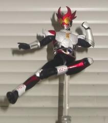 S.H.フィギュアーツ仮面ライダーアギト シャイニングフォーム(シャイニングライダーキック)