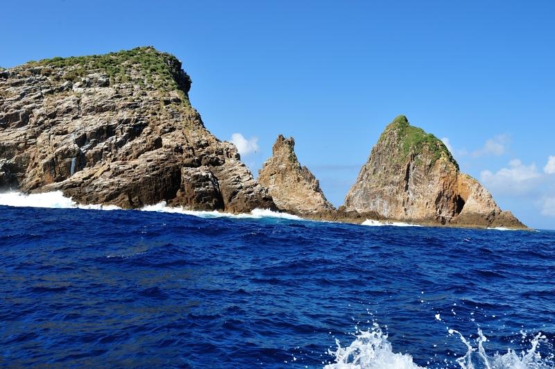 鷹島(南西から見た風景)