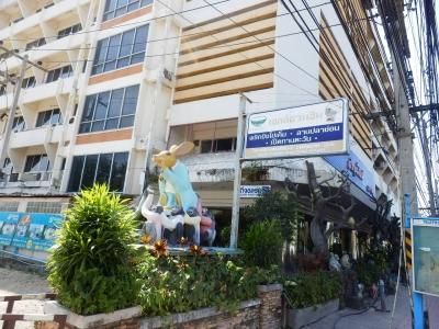 タイ・ロッブリー「Lopburi Inn Hotel」10
