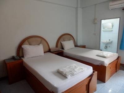 タイ・アユタヤ「Jitvilai Place」2