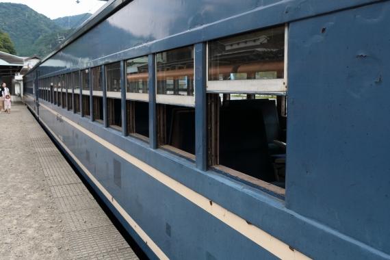 SL客車-S