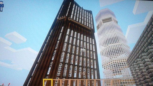 真正面から。トウヒ原木、トウヒ木材ブロックのみを外観に使用。