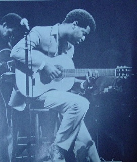 s-EarlKlugh_2014080812551468f.jpg