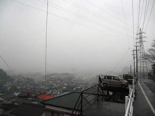 霧でなくて、