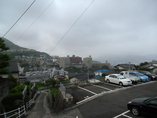 今日は曇り。