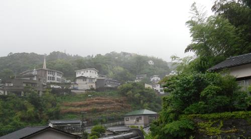 雨模様。良く降るよ。