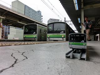 横浜線205系 コラボ写真②