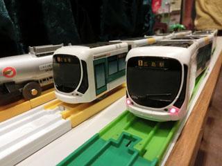 shin-chaさんの5車体「広島電鉄5100形 グリーンムーバMAX」②