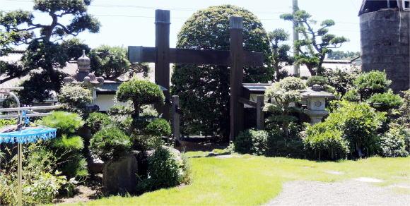 渡辺氏宅かぶき門
