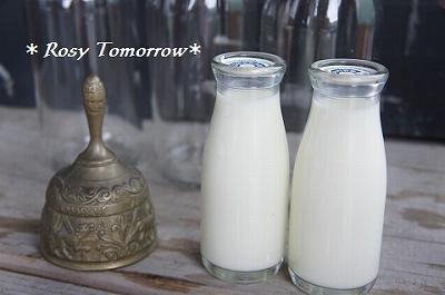 ガラスのミルクびんー