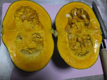 かぼちゃ簡単に切れます6