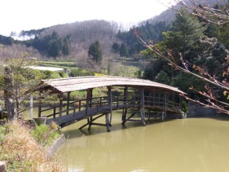 弓削神社 太鼓橋 3
