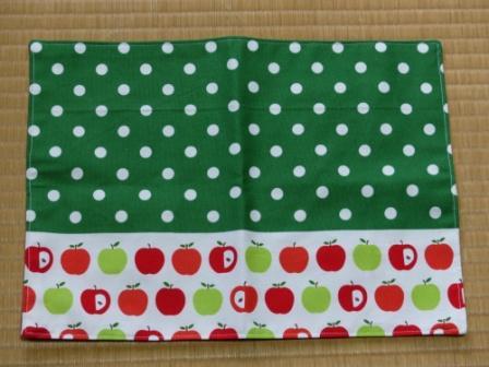 りんご柄 ランチョンマット 1