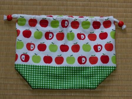 りんご柄 お弁当袋