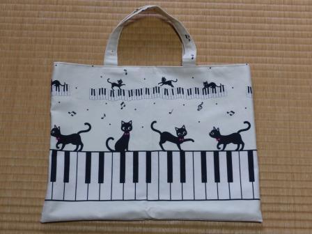 ピアノ・猫柄 手さげバッグ