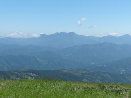 大川嶺~笠取山 からの眺望 1