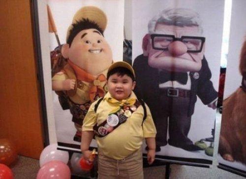カールじいさんの空飛ぶ家に登場した少年ラッセルにそっくりな子供が発見されました