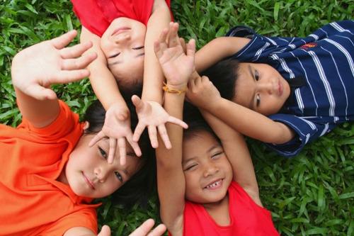 子どもの数が33年連続で減少