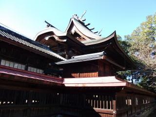 鶴山八幡宮本殿