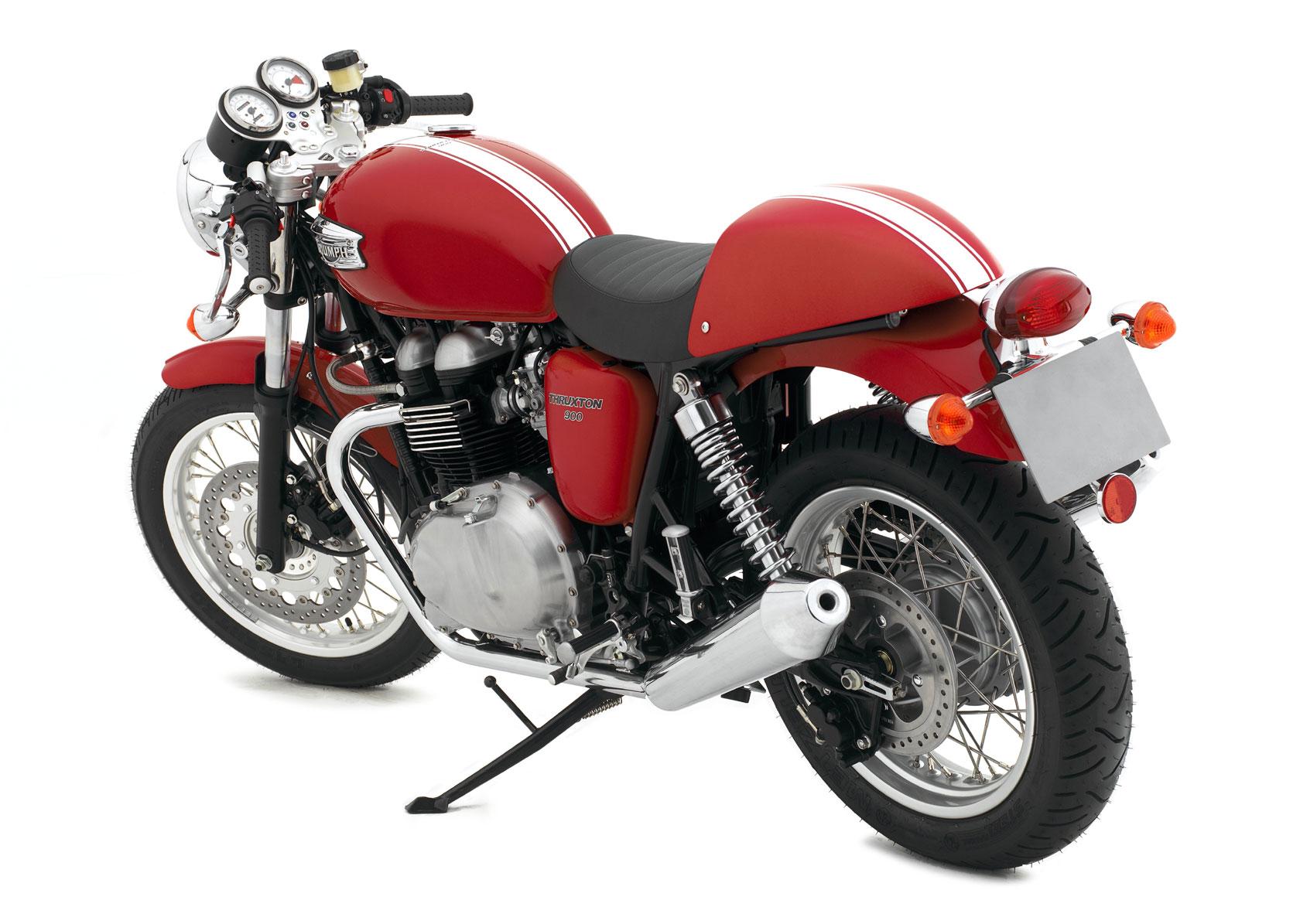 2007-Triumph-Thruxtonc.jpg