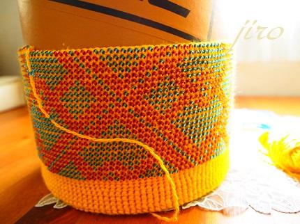 ビーズ編みごみ箱カバー-イエローケーキ2