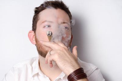 喫煙するとEDになる?