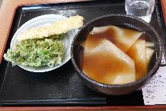 てらや ① 川幅うどん&野菜天・イカ天ぷら