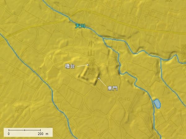 小山城地形図