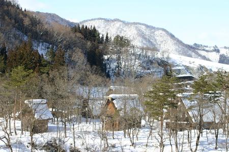 スキーやスノボーはちょと。。でも雪を楽しみたい!! 雪景色 世界遺産 白川郷合掌集落を見てみたい!! そんな方にはピッタリの冬旅行です ④