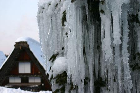 景色が素晴らしいと有名な世界遺産 白川郷でも一番綺麗な季節は冬と言れております~水墨画のような雪景色です~④