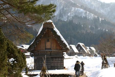 世界遺産 白川郷合掌集落~観光スポットを巡り~この季節ならではのポイントを楽しんで見ませんか?⑨