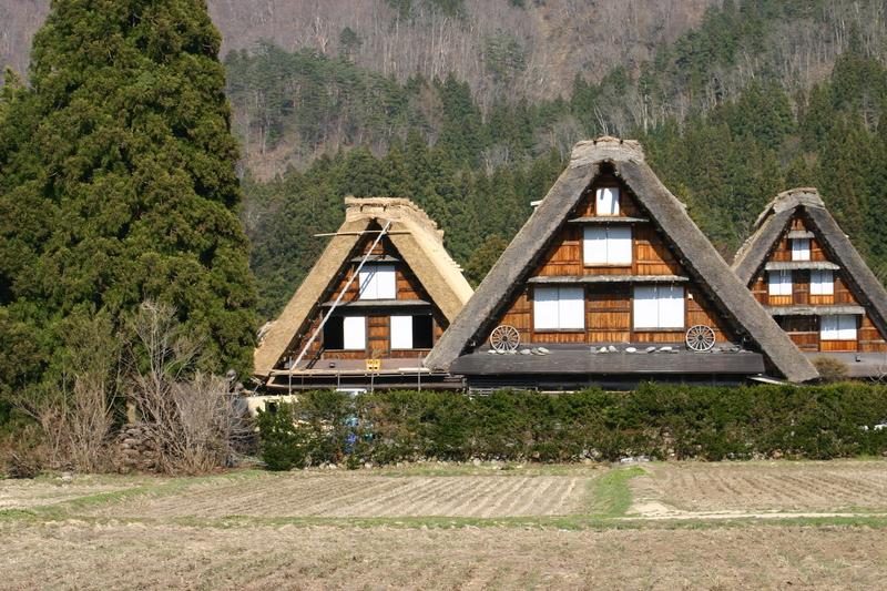 白川郷いよいよ桜の季節が到来!日本の春を満喫するならやっぱり桜&合掌造り風景 ⑨
