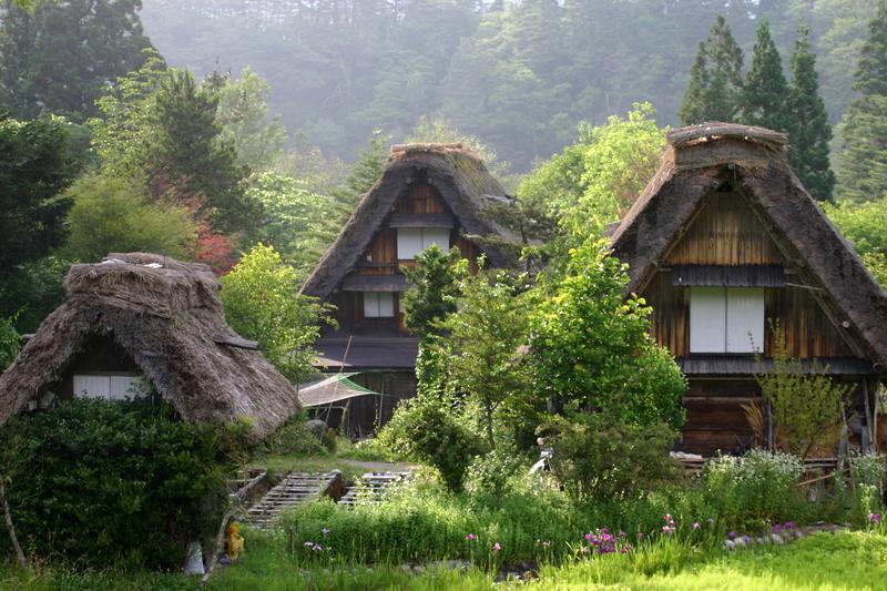 ~懐かしい日本の夏~ 夏のあの時・・・思い出す風景がある 世界遺産 白川郷合掌集落 ④